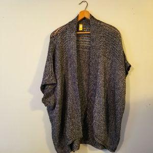 Lolë   Short Sleeve Knitted Shrug Shawl Vest. L-XL